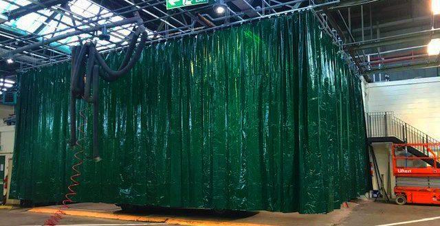 Welding curtain system